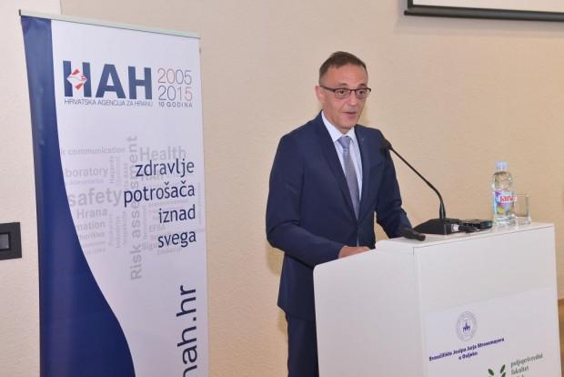 Ministar Tihomir Jakovina